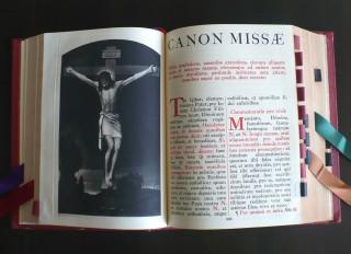 https://www.nd-chretiente.com/dotclear/public/.Missale_romanum1962_s.jpg